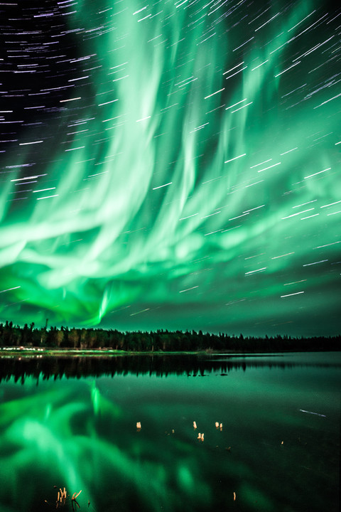Northern Lights Star Trail ~ 宙の光 ~