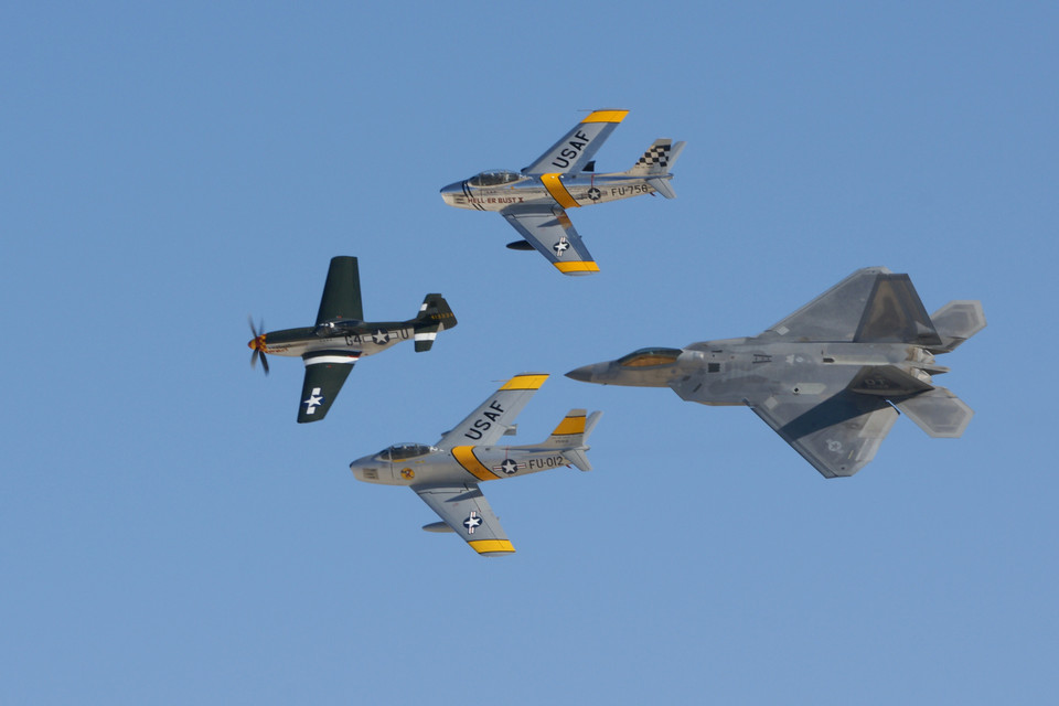 USAF Heritage Flight (新春豪華SP)