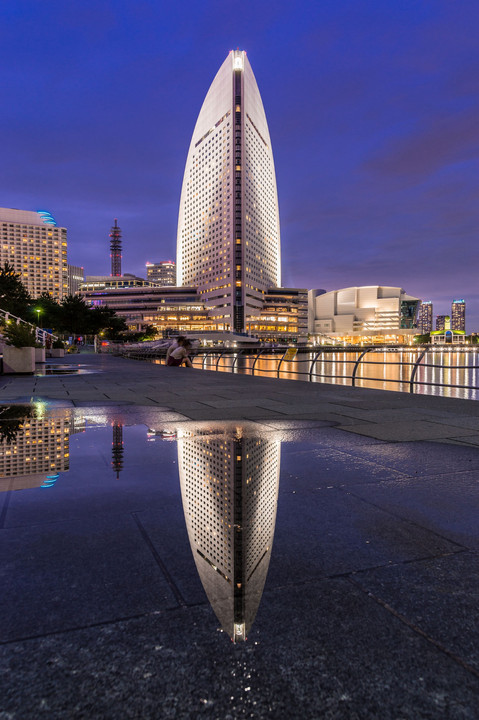 YOKOHAMA REFLECTION