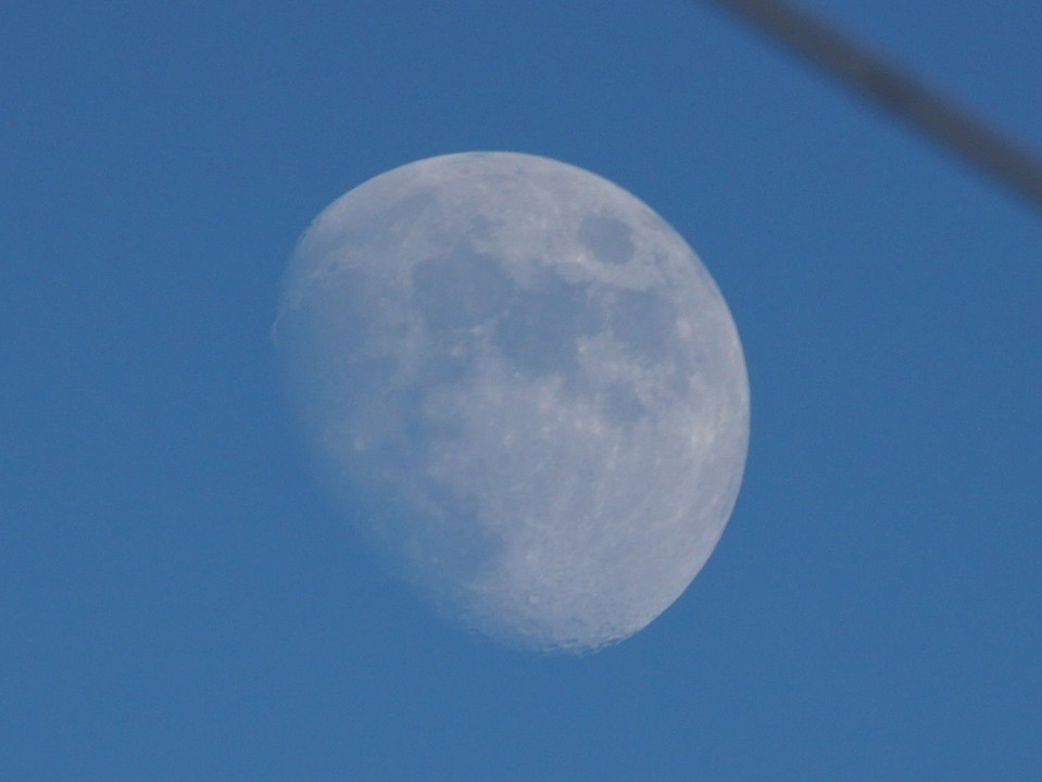 Moon in the daylight