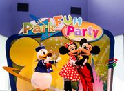 Disney park fan party!!